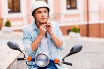 중국, 전동스쿠터 운전 시 헬멧 착용 '의무화'로 헬멧 수요 급증