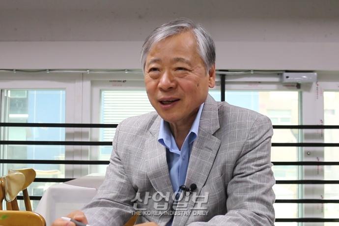 """[동영상뉴스][KIMEX 2020] (주)이심기술 """"스마트팩토리, 공작기계 성장 이끌 것"""""""