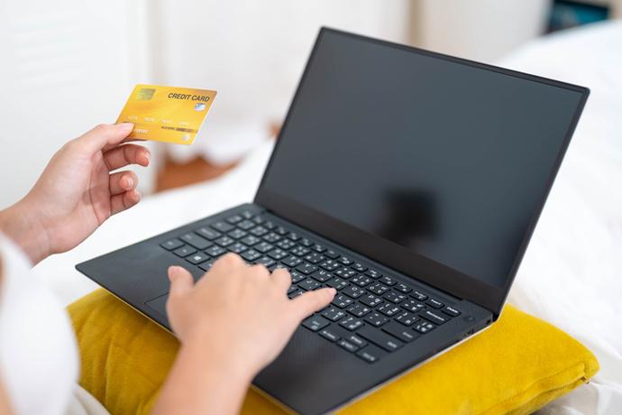 언택트 소비 일상화, 온라인 소비 가속화 가져와