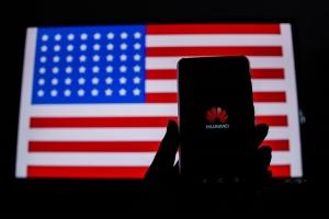 수주절벽 부딪힌 화웨이(Huawei), 삼성전자 등 반사이익 기대