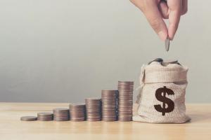 정부소비 비중 증가세 OECD 중 두 번째로 빨라…재정적자·국가채무 누적 우려