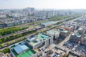 코로나19 장기화 불구, 공장 가동률 소폭 상승 '경쟁력 업'