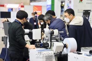 [포토뉴스] 전자, 건축 등 다양한 산업과 융합한 인쇄장비