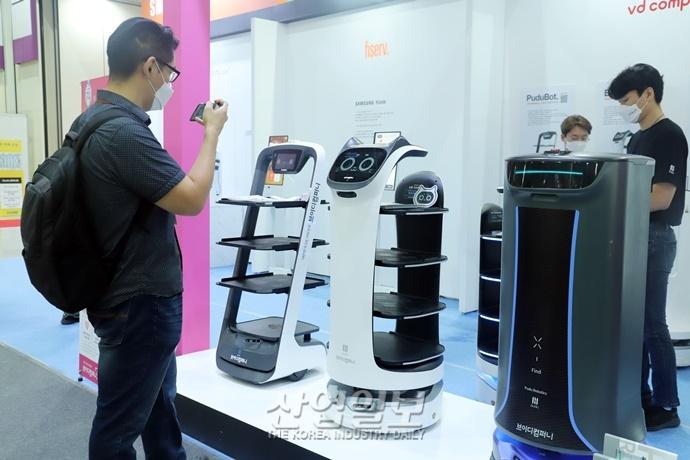 [포토뉴스] 제조·물류·서비스 등 분야에서 인간 돕는 '로봇'