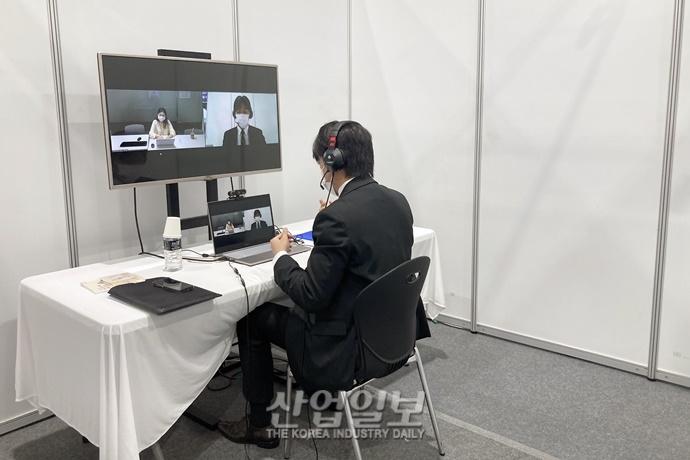 [포토뉴스] 한국기업 취업 희망하는 유학생들…'일자리를 찾아서'